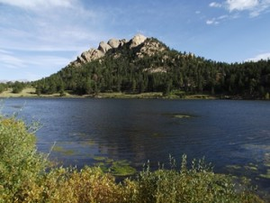 Lily Lake, just south of Estes Park. Photo courtesy of http://www.rockymountainhikingtrails.com/lily-lake-loop.htm